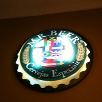 Foto tirada no(a) Mr. Beer por Jose S. em 5/22/2012