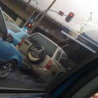 Photo taken at Jalan Mampang Prapatan Raya by Binyo W. on 1/21/2011