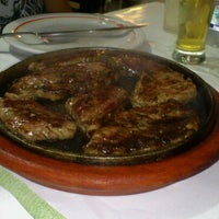Photo taken at Restaurante do Zé by Larissa A. on 9/27/2011