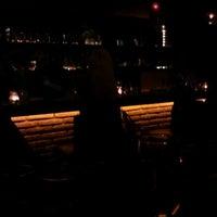 รูปภาพถ่ายที่ Jourfixe โดย Hank M. เมื่อ 10/14/2011