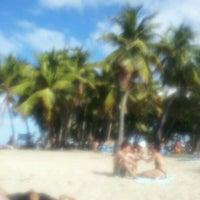 Снимок сделан в Escambron Beach пользователем Sa Rah G. 1/22/2012
