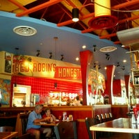 Photo taken at Red Robin Gourmet Burgers by David O. on 9/3/2012
