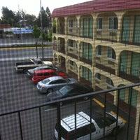 Photo taken at Skyway Inn  Seatac by Wayne M. on 8/13/2011