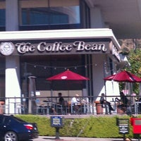Photo taken at The Coffee Bean & Tea Leaf by Sylvia D. on 10/9/2011