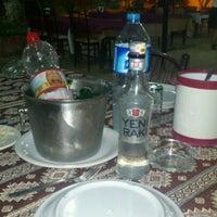 รูปภาพถ่ายที่ Dalakderesi Restaurant โดย Sertaç U. เมื่อ 9/11/2012