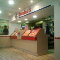 Photo taken at Domino's Pizza Chatou by Jalil A. on 5/21/2011