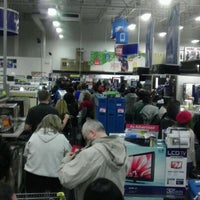 Photo taken at Best Buy by David L. on 11/25/2011