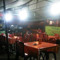 Photo taken at Nasi Goreng Pak Arif by Joseph H. on 9/28/2011