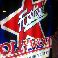 Foto scattata a Foster's Hollywood da Abel il 8/16/2012