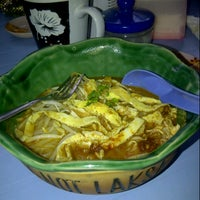 Photo taken at T-Not Laksa by SYa S. on 7/14/2012