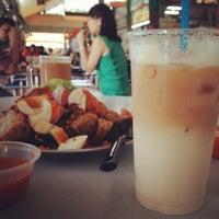 Foto diambil di Ayer Rajah (West Coast Drive) Market & Food Centre oleh Rushdy pada 3/16/2012