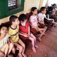 Photo taken at Trung tâm điều dưỡng người già và trẻ em. by pna on 8/9/2012