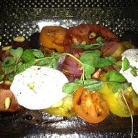 Снимок сделан в Marmalade Restaurant And Wine Bar пользователем Rimi 9/10/2012