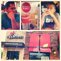 Photo taken at Applebee's Neighborhood Grill & Bar by Beck B. on 6/24/2012