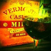Foto tomada en BarCeloneta Sangria Bar por Gianluca P. el 1/19/2012