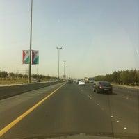 Photo taken at طريق الملك فهد by BaBa Q. on 3/25/2012