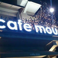 Photo taken at Cafe mou by Sung-Yeon K. on 10/24/2011