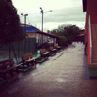 Foto tirada no(a) Choperia Clube De Tenis Catanduva por Rafael M. em 6/6/2012