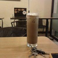Photo taken at Tegulas (rumah teh dan kopi) by ayuFWL on 10/23/2011