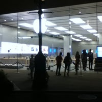 Photo taken at Apple by TONG PO on 7/30/2011