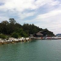 Photo taken at Jetty Point (Jeti) by LiShYan on 10/19/2011