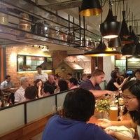 6/20/2012 tarihinde Zhou J.ziyaretçi tarafından Zaffron Kitchen'de çekilen fotoğraf