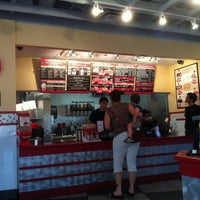 Photo prise au Freddy's Frozen Custard and Steakburgers par Balto W. le5/4/2011
