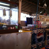 Photo taken at สุพรรณตามสั่ง by Kittisak P. on 3/11/2011
