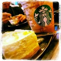 Photo taken at Starbucks by Andre A. on 6/15/2012