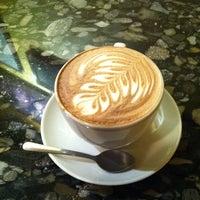 2/13/2011 tarihinde Vincent V.ziyaretçi tarafından Espresso Vivace'de çekilen fotoğraf
