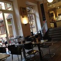 Photo prise au Barcomi's Deli par Richard G. le6/22/2012