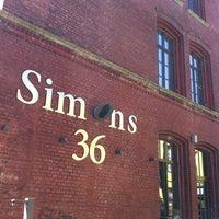 Das Foto wurde bei Simonz von Daniel R. am 8/18/2012 aufgenommen