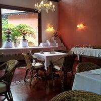 Foto tirada no(a) Hotel Pousada La Vie Rose por Antonio M. M. em 9/11/2012