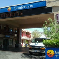 Photo taken at Comfort Inn Paradise/McCarran Internal by Jimmy Jam M. on 6/23/2011