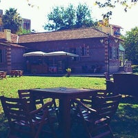 Foto scattata a Cafe Carpouza da Ahmet Onur B. il 8/21/2011
