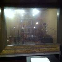 Photo taken at DBS Studio ห้องอ้ดเสียงตรงเหม่งจ๋าย by Kartoon R. on 2/26/2011