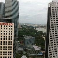Photo taken at Hai Tien Lo 海天楼 by Vincent O. on 1/24/2012