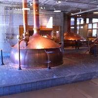 Foto tirada no(a) Anchor Brewing Company por Maurice C. em 9/13/2011