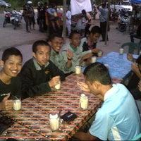 Photo taken at Es Kelapa Muda NTB Mas Alek by Dhimas A. on 7/21/2012