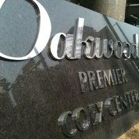 Photo taken at Oakwood Premier Coex Center, Seoul by Seongho L. on 5/19/2012