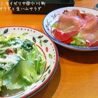 Photo taken at サイゼリヤ 神田小川町店 by Ogu_ogu on 6/21/2011
