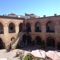 Foto diambil di Kurşunluhan Hotel oleh Mete U. pada 6/22/2012