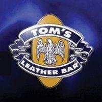Foto tomada en TOM'S Leather Bar por Miguel Antonio P. el 2/24/2012