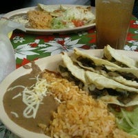Photo taken at Taqueria el Chorrito by Taric A. on 12/25/2011