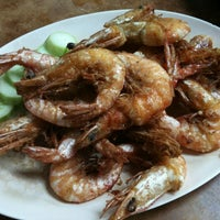 Photo taken at Restoran Siow Tiow by Orange Y. on 12/25/2011