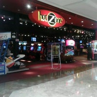 Photo taken at HotZone by Fabricio M. on 2/12/2012