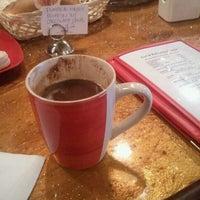 10/23/2011 tarihinde Edgar B.ziyaretçi tarafından ACKC Cocoa Bar'de çekilen fotoğraf