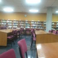 Foto diambil di Biblioteca General oleh carolina j. pada 6/23/2012