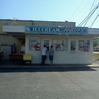Photo taken at Ice Cream Haven by Christina T. on 8/28/2011