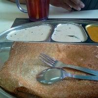 Photo taken at Restoran Malauwi by 9w2zbv Z. on 6/4/2012